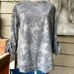 Simply Vera Sweatshirt with Raised Design; Sz Med